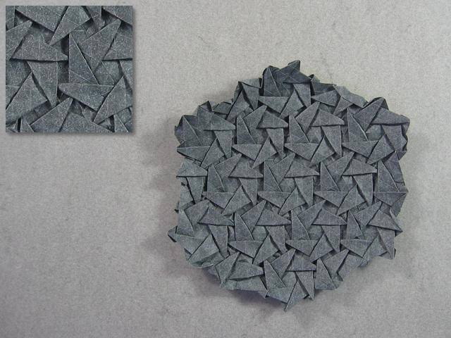 Triangle Tess Pattern (Daniel Kwan)