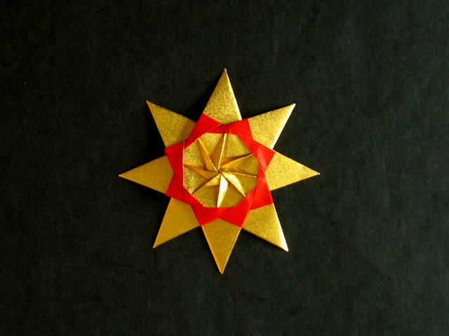 Folding 5 Pointed Origami Star Christmas Ornaments | 480x640